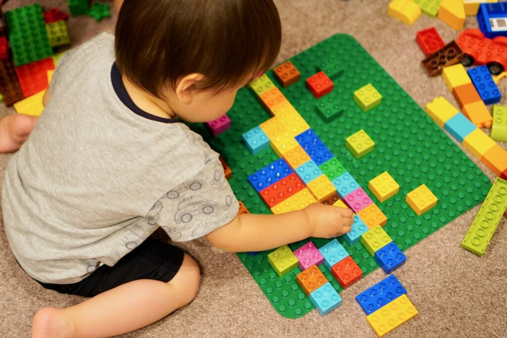 レゴブロックは最強の知育玩具?レゴブロックで伸びる能力とは?